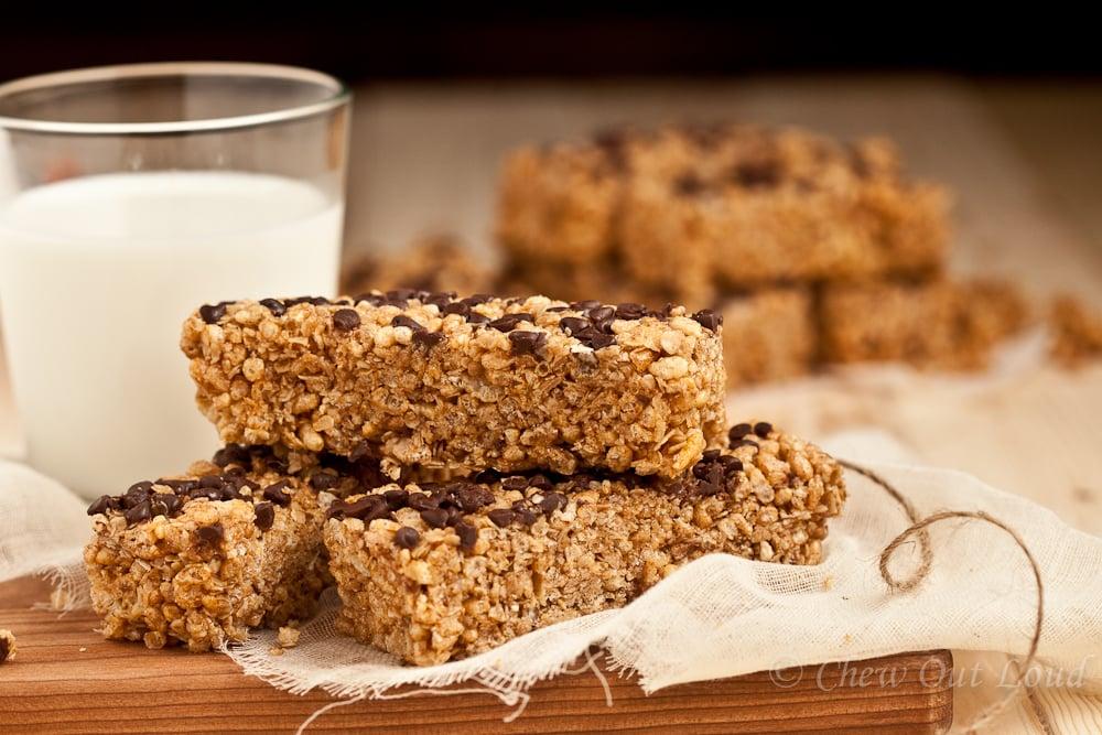 chewy chocolate chip granola bars 3