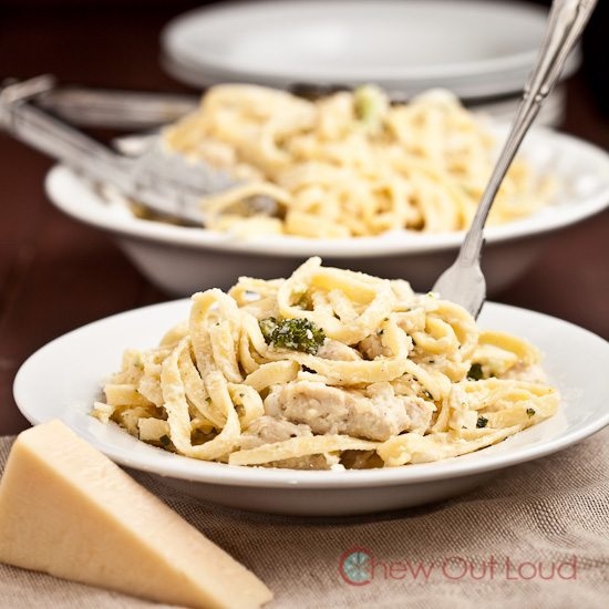 Cheesy chicken fettuccine alfredo 3