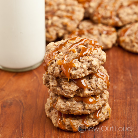 soft apple oatmeal cookies 4