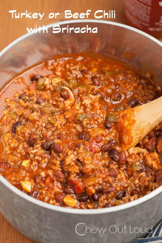 Hearty chili with Sriracha 3