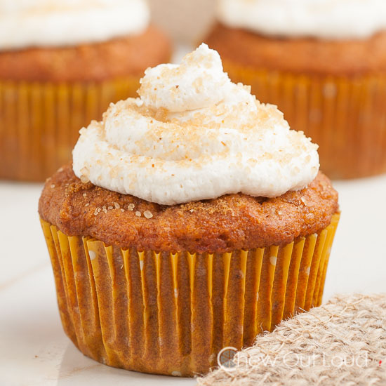 Pumpkin ginger cupcakes with frosting