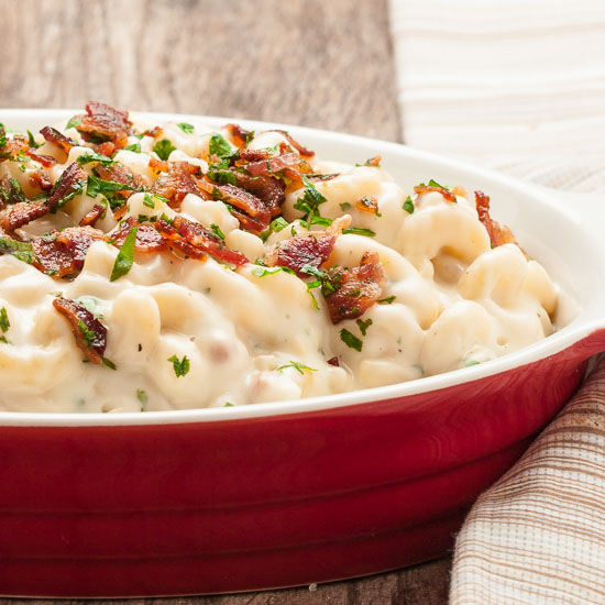 The Best, Creamiest Mac n Cheese with Guyere, Cheddar, and Bacon