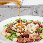 apple,-candied-pecan,-and-blue-cheese-salad