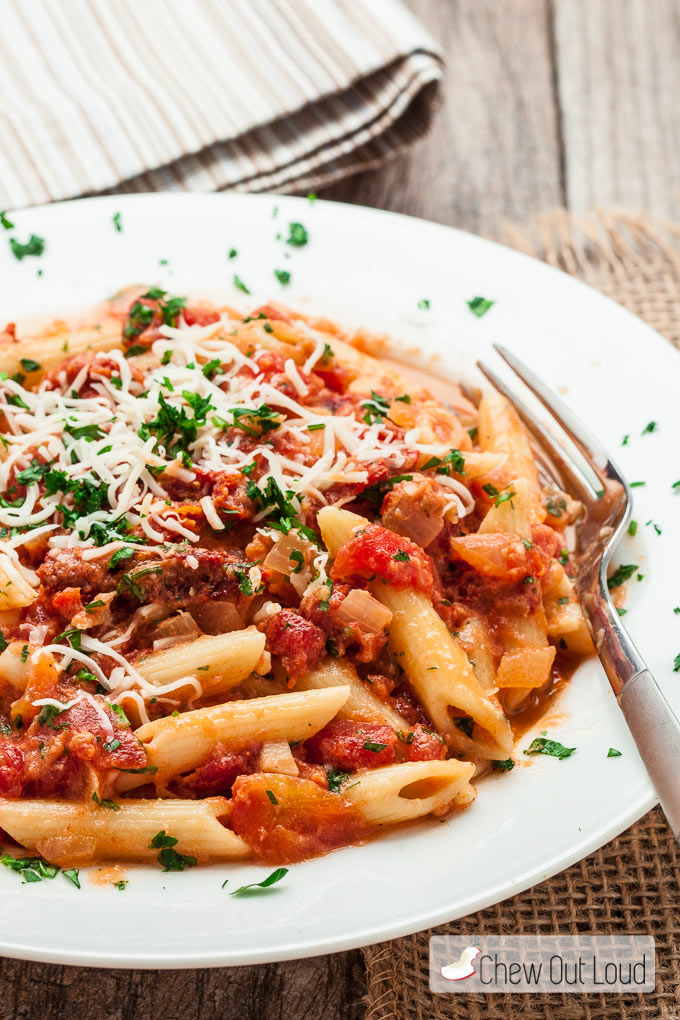 Penne-with-Sun-Dried-Tomato-Vodka-Sauce-2