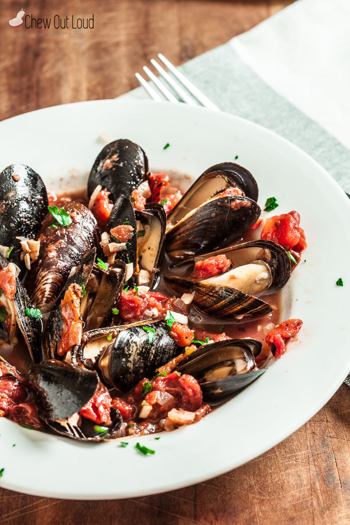 Healthy Mussels with Garlic and Tomatoes 1