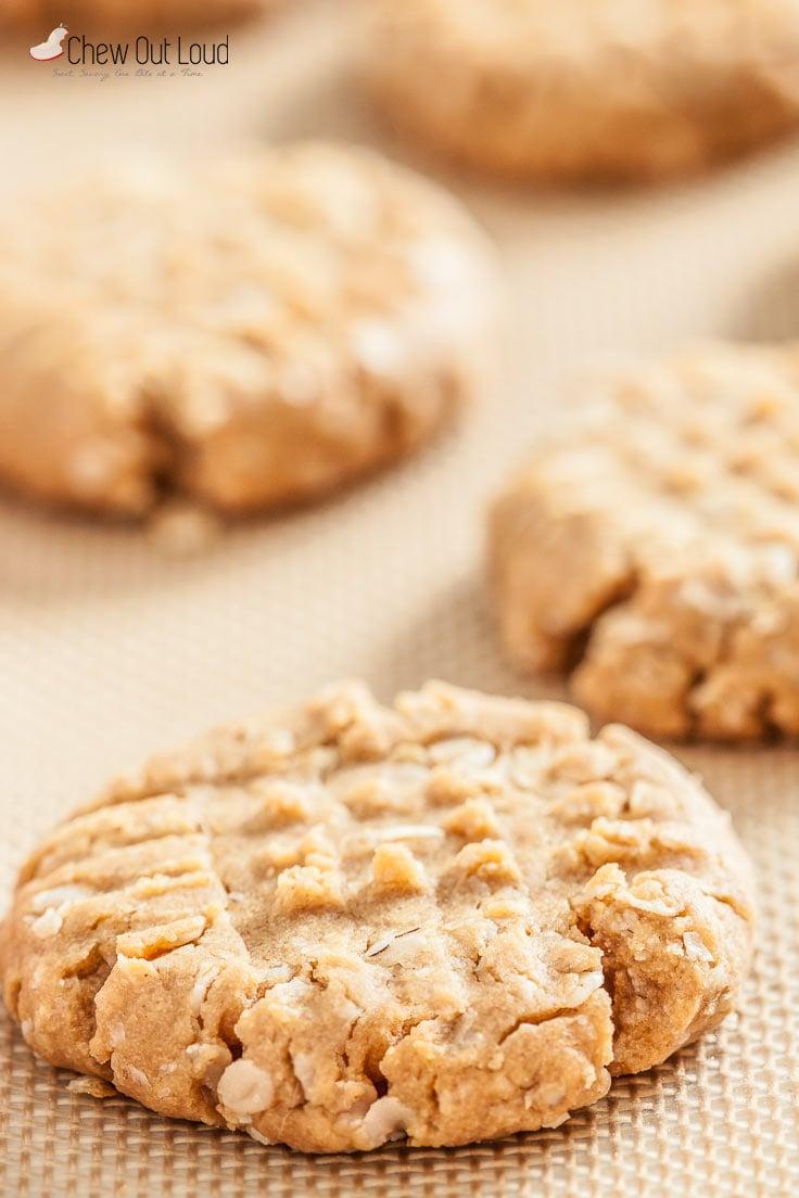 gf-peanut-butter-oatmeal-cookies