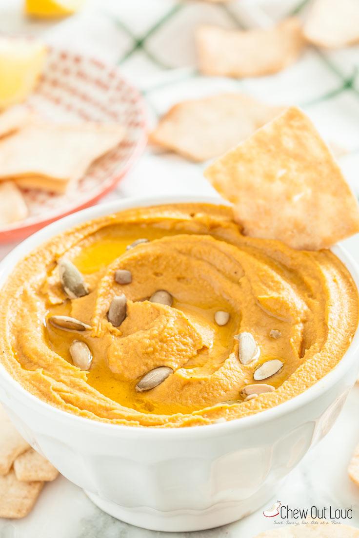 savory-pumpkin-hummus