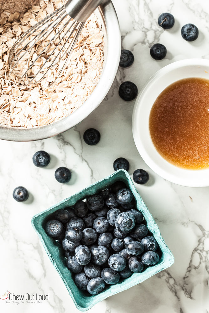 Healthy blueberry crumble ingredients with oats