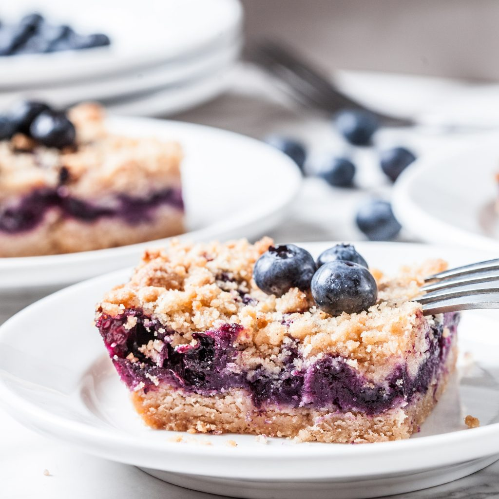 blueberry pie crumb bars, best blueberry recipes