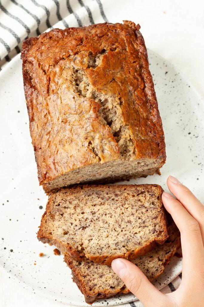 best banana bread, moist banana bread, easy banana bread, banana bread recipe