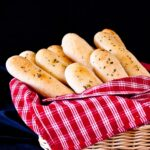 breadsticks, homemade bread, bread, dough, olive garden breadsticks