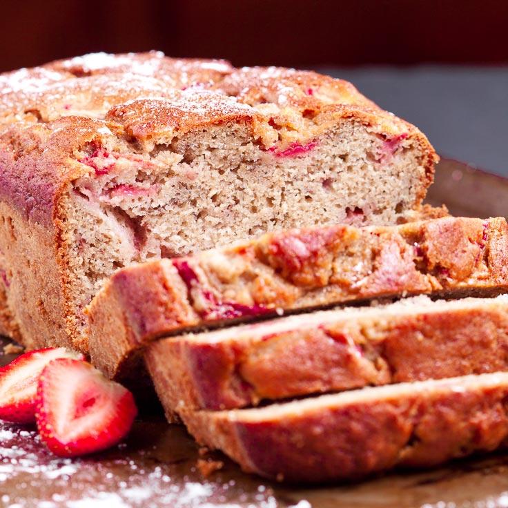 strawberry bread, strawberry banana bread, baking with strawberries