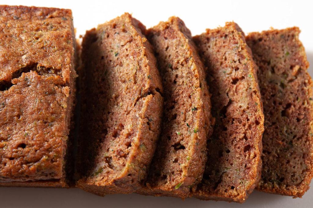 zucchini bread slices