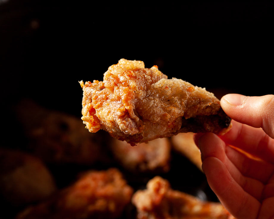 air fryer chicken wing close up
